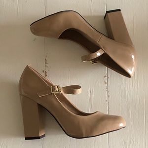 🆕 nude Mary-Jane heels